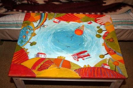 Как раскрасить детский столик своими руками 81