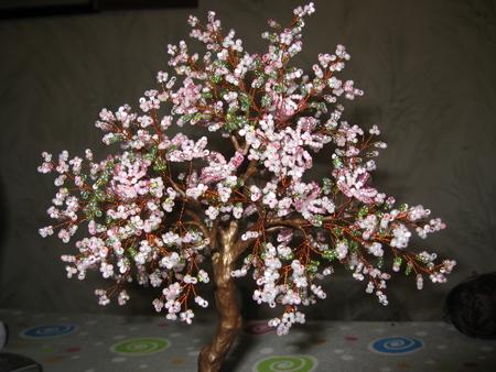"""Найдены результаты, соответствующие цветущая яблоня из бисера.  Для поиска  """"цветущая ."""
