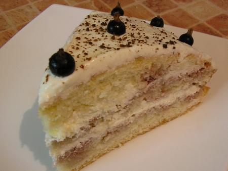 Бисквитный торт с творожно-сметанным кремом