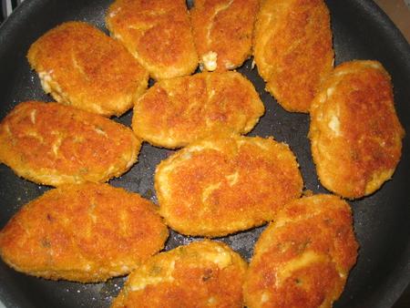 Котлеты из фарша с манкой в духовке рецепт