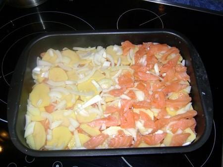 запеканка из красной рыбы с картофелем в духовке