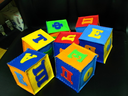 Мягкие кубики с буквами своими руками