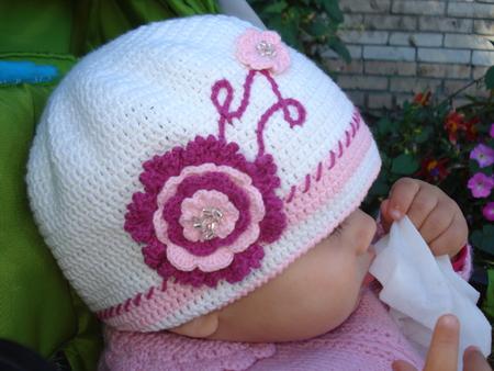 вязание крючком шапочки для девочек на осень фото Предложение