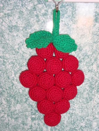 Каждая ягодка-пивная пробка,
