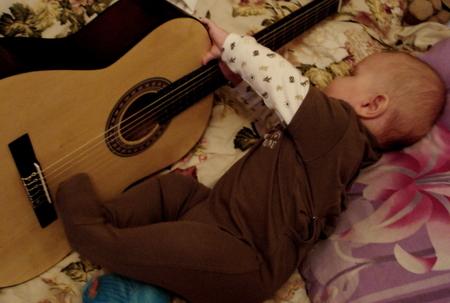 мы только знакомы на гитаре