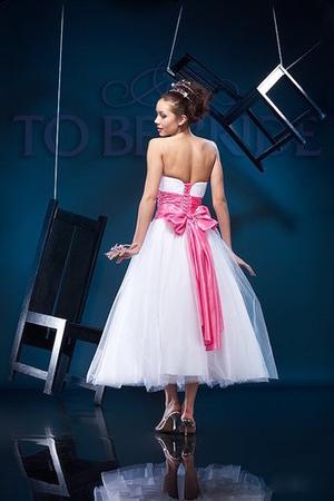 Комментарий: платья в стиле 60-х годов фото Вам платья в стиле 60-х годов Видела в Ширина: 300 pxВысота: 450 pxРазмер... Свадебное