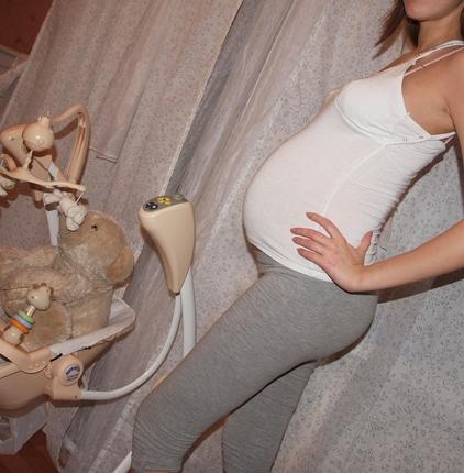 30 неделя беременности фото животиков
